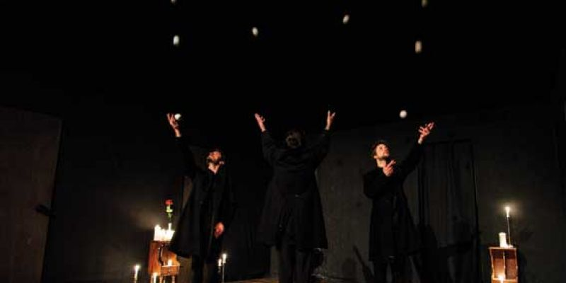 Jonglage, magie Nuit avec le Collectif Petits Travers