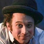 Centre Athéna - Clown cirque contemporain  Moby Mick La Merveille de la Baleine AURAY